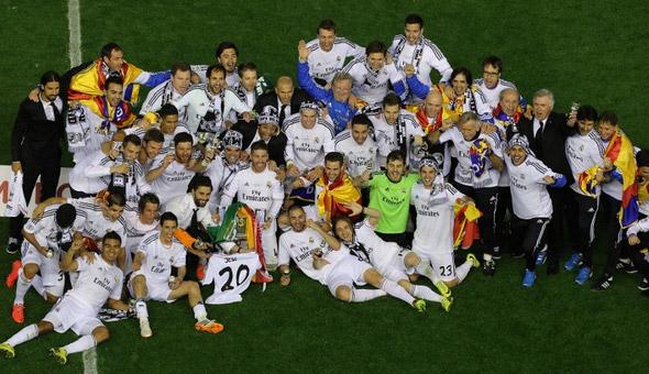 Coppa del Re, trionfa il Real Madrid di Ancelotti. Superato il Barcellona per 2-1