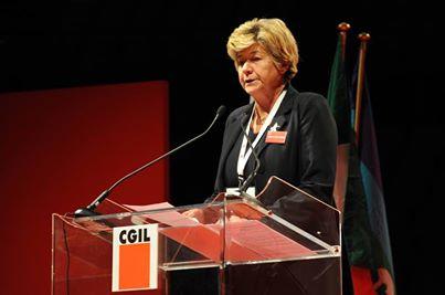 """Congresso Cgil, la Camusso attacca Renzi: """"La sua politica determina una torsione della democrazia"""""""