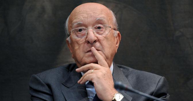 Ciriaco De Mita eletto sindaco di Nusco a 86 anni. La sua lista con lo 'scudocrociato' raccoglie il 77,35% delle preferenze