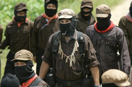 """Chiapas, il subcomandante Marcos lascia la guida dell'Esercito Zapatista: """"Abbiamo deciso che 'Marcos' deve morire oggi"""""""