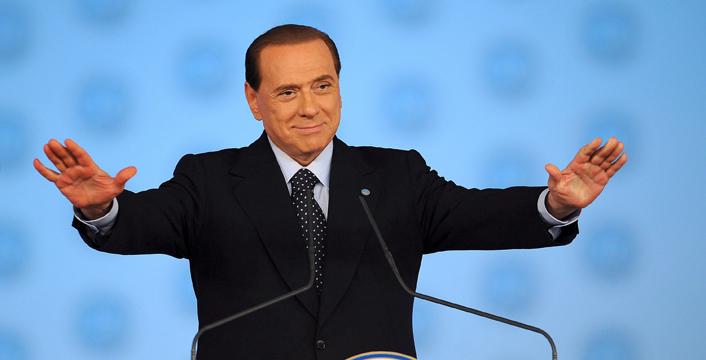 """Berlusconi ripropone le larghe intese: """"Non escludo che per il bene del Paese FI possa entrare nell'esecutivo Renzi"""""""