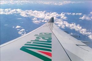 """Alitalia, Del Torchio: """"Il cda ha dato via libera al progetto Etihad Airways"""" Trattativa aperta sui 2.200 esuberi"""