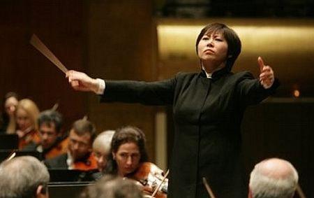 Opera lirica, un mondo al maschile: meno di 4 donne su 100 ha ruoli di direttore