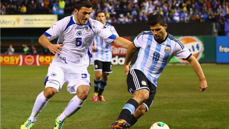 Mondile 2014, esordio positivo dell'Argentina che batte la Bosnia. La Francia piega l'Honduras. Italia: Buffon e De Sciglio ancora in forse