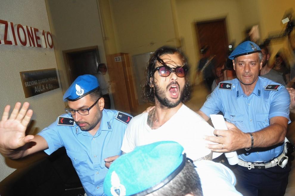 Corona assolto dal reato di evasione, gli restano da scontare 'solo' altri 14 anni