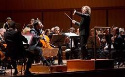 Speciale tris musicale all'Auditorium: da Bach a Strauss e Schumann per la direzione di George Pehlivanian (egregio sostituto di Luisi ammalato)
