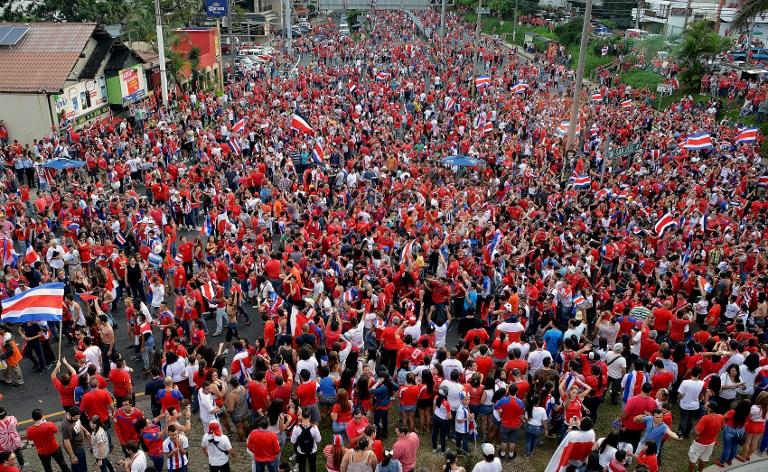 Brasile 2014: Costa Rica per la prima volta ai quarti, la popolazione in delirio: un milione di persone in piazza