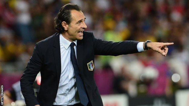 """Mondiale 2014, l'Italia si gioca il Mondiale contro l'Uruguay. Prandelli: """"È la partita più importante della mia carriera"""""""