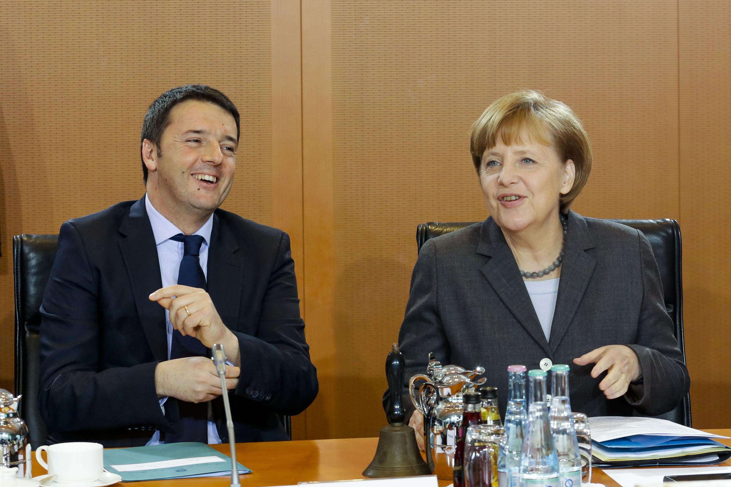 """Vertice Ue, incontro positivo tra Renzi e Merkel. Van Rompuy: """"Particolare attenzione alle riforme strutturali, rafforzano la crescita e la sostenibilità"""""""