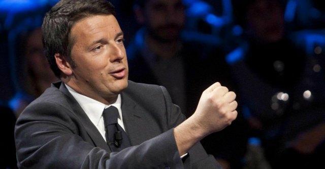 """Crisi economica, Renzi: """"L'Ue non sia solo la patria di banchieri e burocrati, ci sono valori più importanti della moneta"""""""