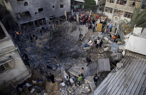Gaza, continuano i raid israeliani. Dopo cinque giorni di scontri le vittime salgono a 120