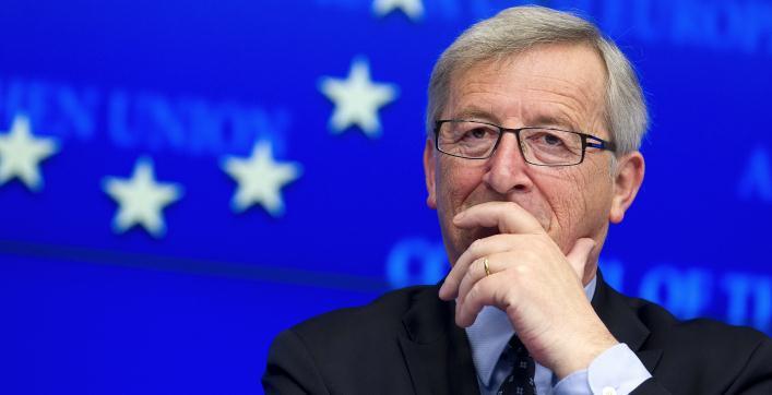 """Commissione UE, presentato a Strasburgo un piano di investimenti da 315 miliardi. Juncker: """"L'Europa volta pagina"""""""
