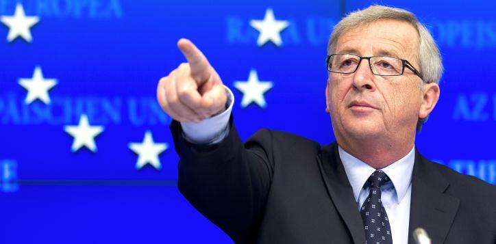 """Parlamento Europeo, Junker presenta il suo programma: """"300 mld di investimenti sulle infrastrutture, l'energia e la reindustrializzazione dell'Europa"""""""