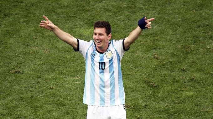 Mondiale 2014, l'Argentina batte l'Olanda ai rigori e vola in finale dopo 24 anni. Ad accoglierla la Germania