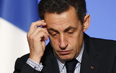 """Bufera in Francia, Sarkozy in stato di fermo per concussione: """"Tentò di corrompere un giudice"""""""