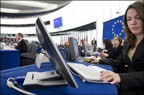 Corsi di formazione, sussidi al lavoro, inclusione sociale, in cinque anni l'Italia ha bruciato sette miliardi di Fondi Ue