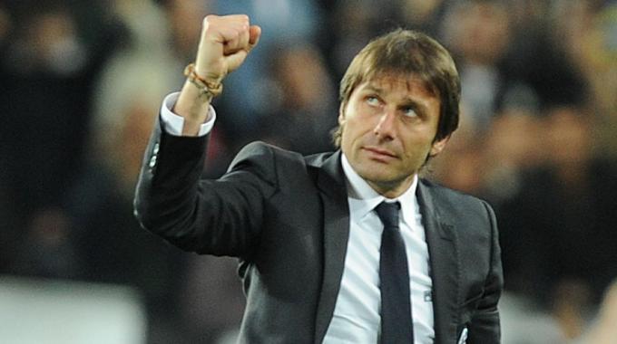 Effetto Tavecchio, Antonio Conte nuovo Ct della Nazionale. Ingaggio da capogiro: 3,6 milioni di euro annui
