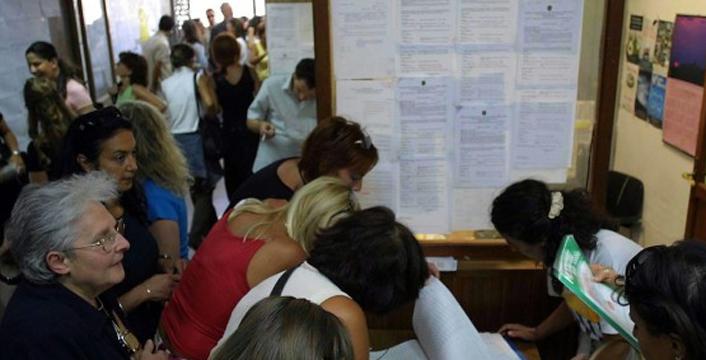 """Riforma della scuola, Giannini: """"Subito l'assunzione per 100 mila insegnanti"""""""