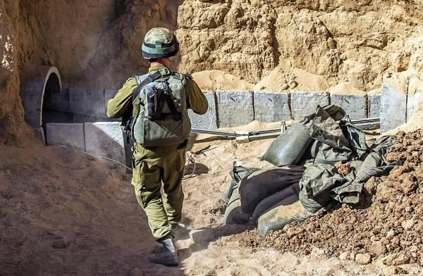 """Striscia di Gaza, subito violata la tregua umanitaria, 14 palestinesi uccisi a Rafah. Israele: """"Continueremo a smantellare i tunnel"""""""