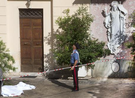 Orrore a Piazza di Spagna, ragazza polacca precipita dal tetto di un convento e muore, stava ballando