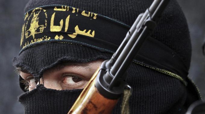 """Procura di Milano, frodavano il fisco per finanziare terroristi islamici. Gli 007 americani: """"1.150 milioni di Iva evasa finiti nelle casse della jihad"""""""