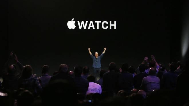 Apple, presentati due nuovi modelli di IPhone 6 e Apple Watch, ci sarà anche quello in oro
