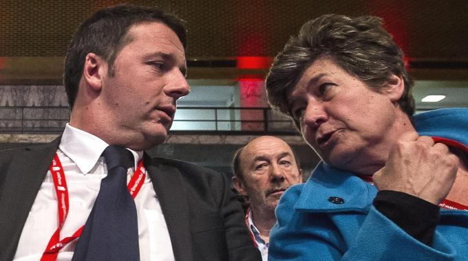 """Lavoro, scontro Renzi sindacati. Camusso: """"Basta insulti"""", Ichino difende la riforma: la Cgil sbaglia"""