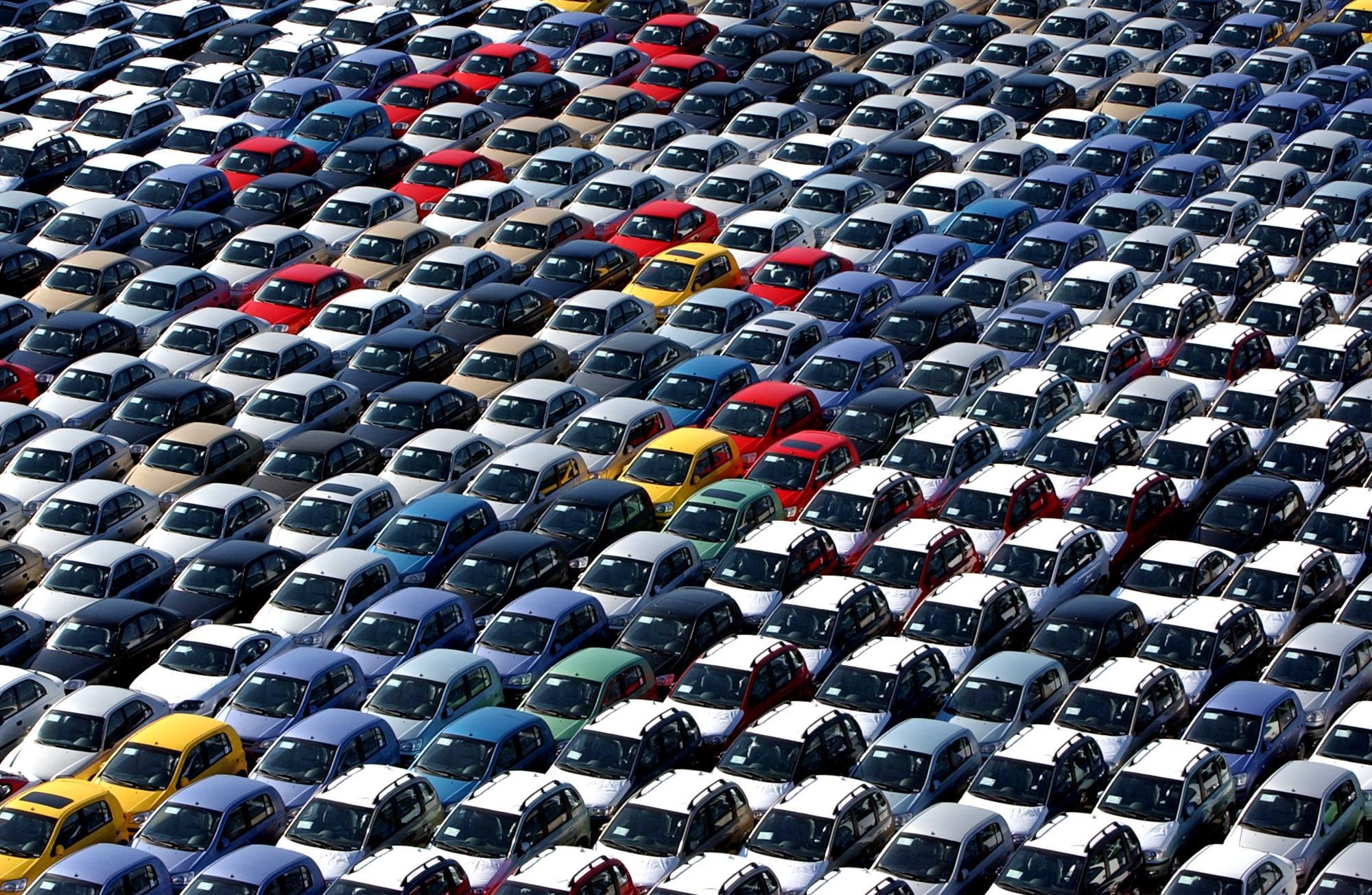 Mercato dell'auto, in Europa cresce del 6% in soli otto mesi. Solo ad agosto si registra uno + 2,1%