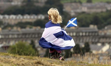"""Indipendenza della Scozia, vince il """"NO"""": La Gran Bretagna resta unita. A Glasgow e a Dundee i separatisti prendono più voti"""
