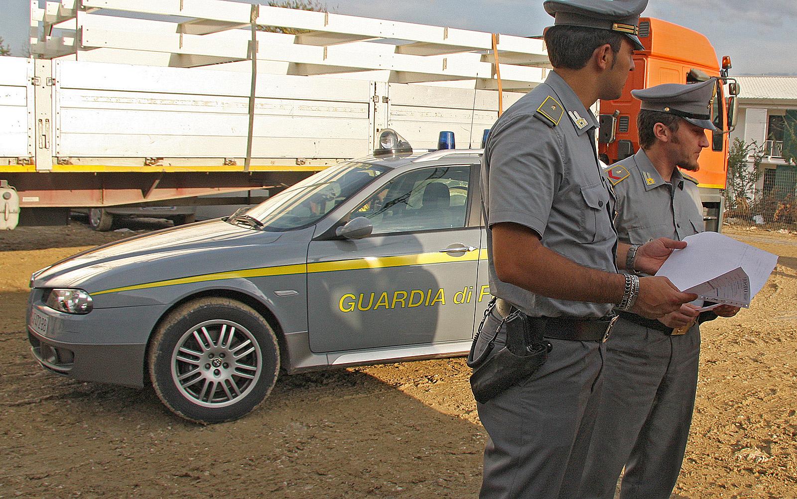 Guardia di Finanza, maxi-bliz contro gli evasori in  tutta Italia. Sequestrati beni per oltre cento milioni di euro e indagate 62 persone