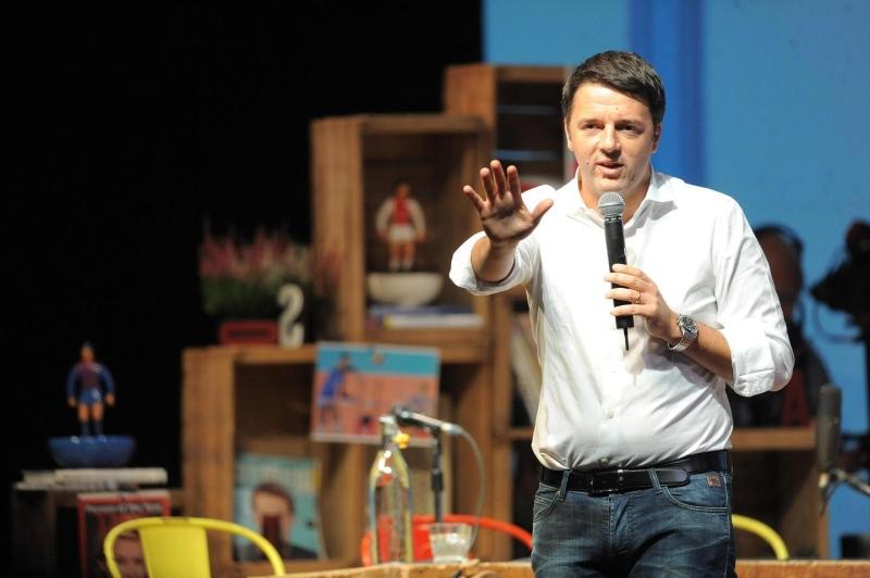 """Firenze, secondo giorno della Leopolda. Renzi: """"Sarò premier massimo due mandati, poi a casa"""""""