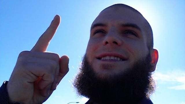 Spari al Parlamento di Ottawa, l'attentatore era un cittadino canadese di 32 anni convertito all'Islam