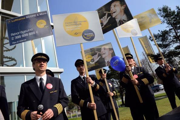 Germania, lo sciopero dei piloti Lufthansa cancella circa 1.450 voli. Disagi per oltre 200.000 passeggeri