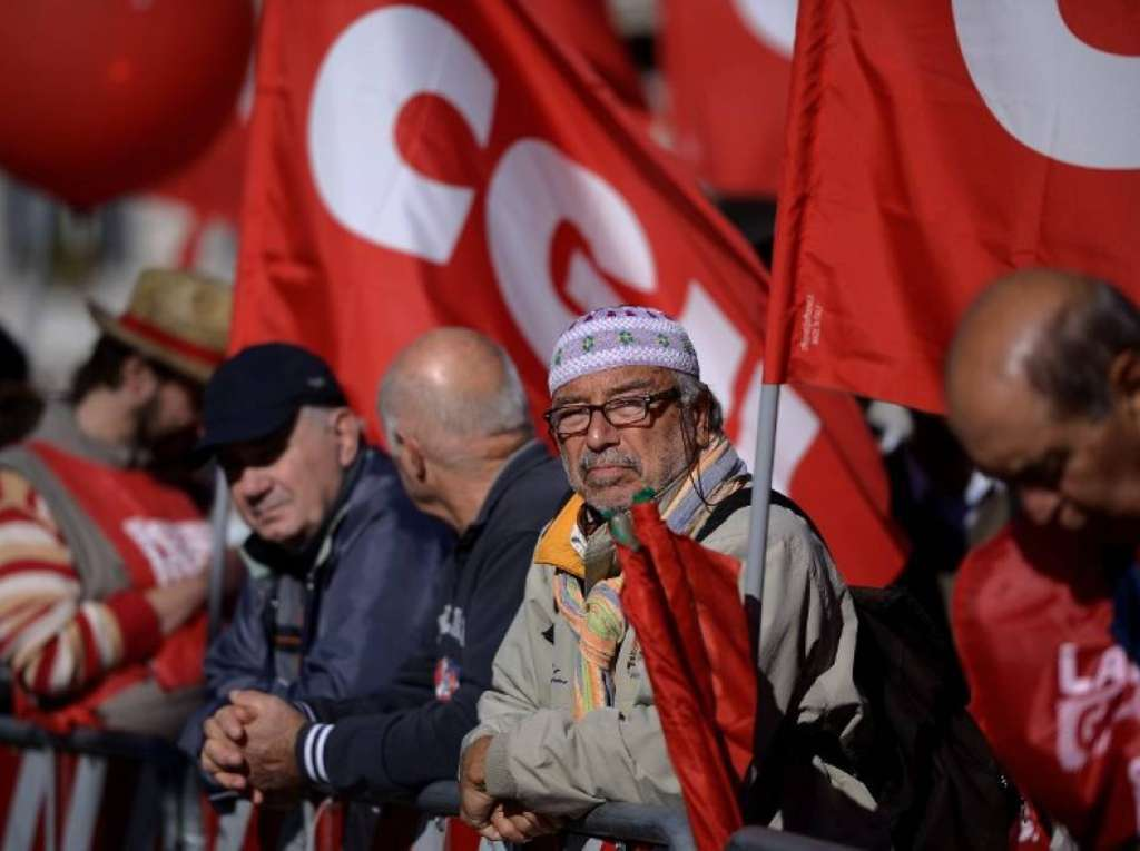 """Manifestazioni e proteste in tutta Italia per lo 'Sciopero Sociale' contro il Governo e l'Ue. Camusso: """"La partita non è finita"""""""