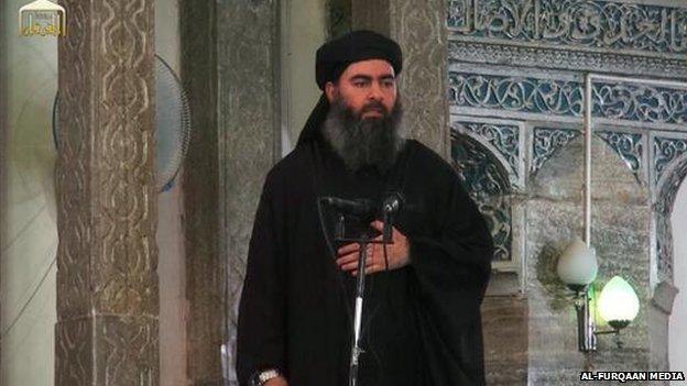 """L'Isis minaccia l'Italia, Al-Baghdadi in un videomessaggio: """"Non ci fermeremo fino alla conquista di Roma"""""""