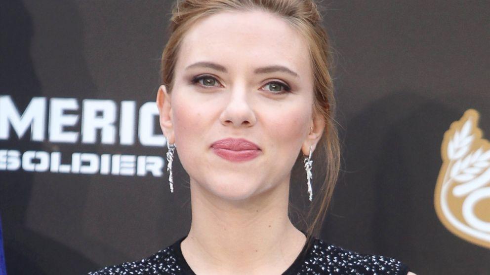Buon compleanno a Scarlett Johansson. La diva americana compie trent' anni