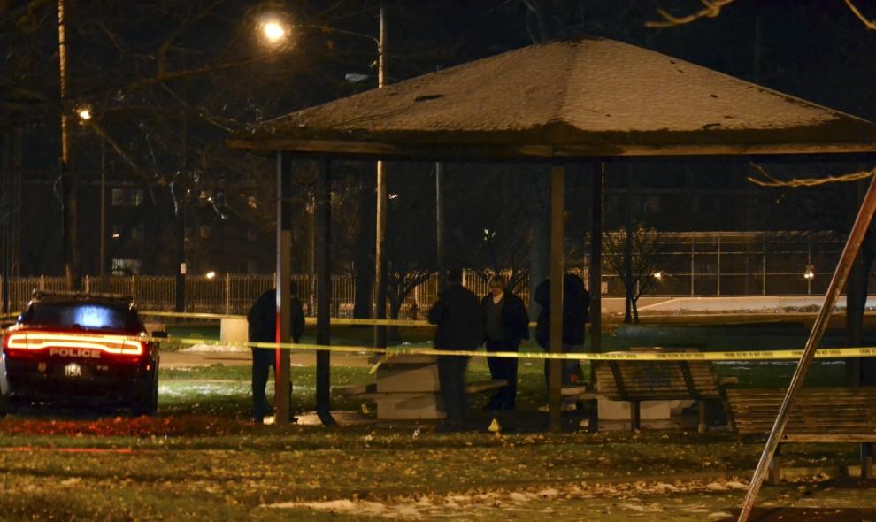 Cleveland, bambino afroamericano ucciso da un'agente mentre giocava con una pistola giocattolo