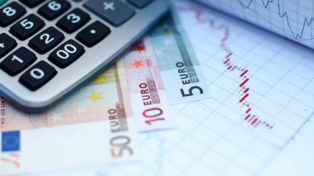 Aumento del fondo per i malati di Sla, abbassamento della tassa sugli e-book, social card per gli extracomunitari: Ecco i nuovi emendamenti alla Legge di Stabilità