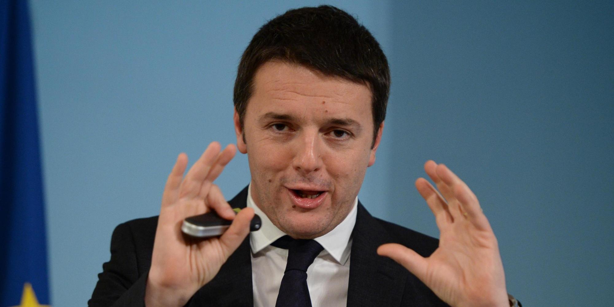 """Quirinale, Napolitano potrebbe lasciare già a metà dicembre. Renzi: """"Regole del gioco si fanno con Berlusconi"""""""