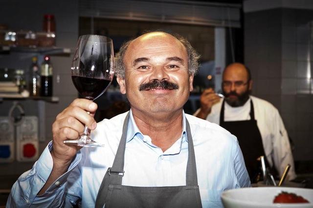 """Premio Ey, Oscar Farinetti è stato eletto 'L'imprenditore dell'anno': """"Ha portato le radici gastronomiche italiane nel mondo"""""""