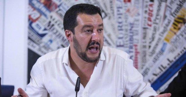 """Crisi economica, dopo 18 anni chiude il giornale leghista 'La Padania'. Salvini: Colpa dei tagli all'editoria voluti da Renzi, chiuderanno i n  tanti"""""""