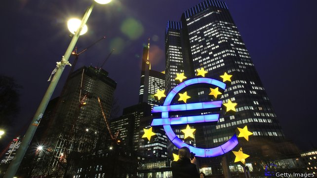 Bollettino dell'Eurotower, la Bce taglia le stime di crescita del Pil dell'Eurozona: nel 2014 a +0,8% e a +1,2% nel 2015