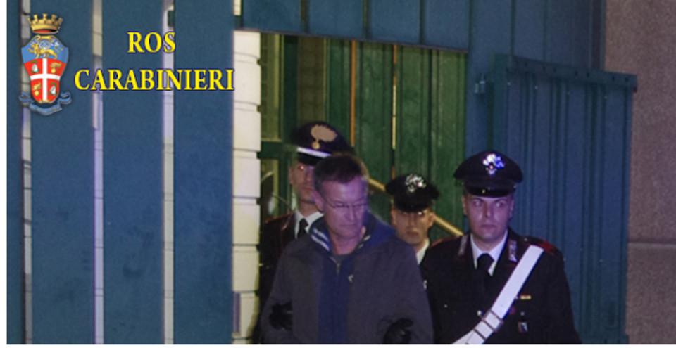 Terremoto politico-giudiziario si abbatte sulla Capitale, indagati sia esponenti di Pdl che di Pd. Arrestato Carminati, indagato Alemanno