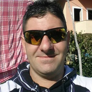 """Shock a Salerno, uomo di 32 anni uccide l'ex moglie e lo scrive su Fb: """"Sei morta t…a"""""""