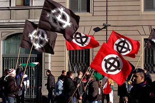 L'Aquila, quattordici neofascisti accusati di terrorismo ed eversione. Preparavano attentati contro Equitalia. Altre 44 persone sono indagate