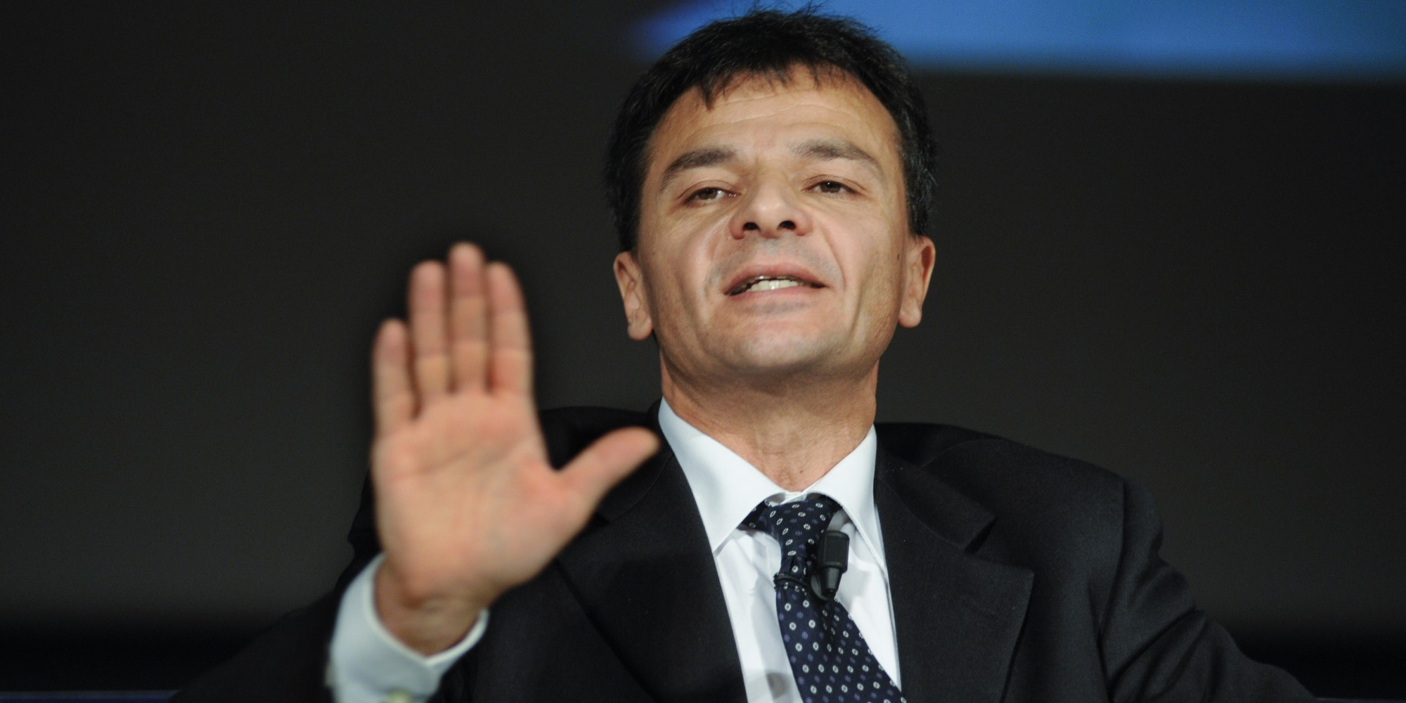 """Resa dei conti nel Pd, Renzi ai ribelli: """"Basta con i diktat"""". La rabbia di Fassina: """"Se vuoi il voto dillo"""""""