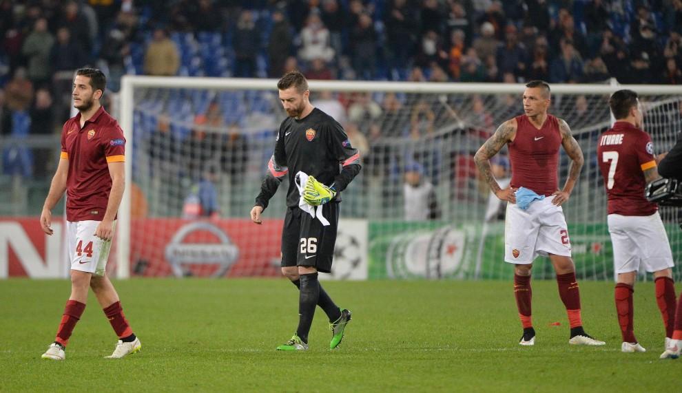 Champions League, la Roma perde 2 a 0 contro il City e viene eliminata. Proseguirà il proprio cammino in Europa League