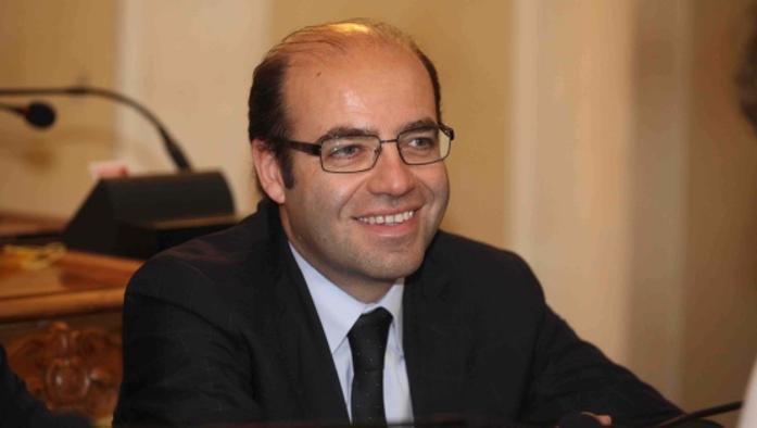 'Ndrangheta, maxi operazione in Emilia Romagna. Arrestate 160 persone, tra loro il  consigliere comunale di Reggio Emilia Giuseppe Pagliani