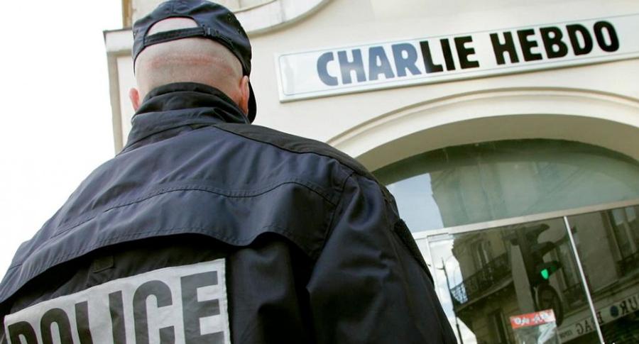 Terrorismo, attaccati i siti di media francesi, arrestati una decina di jihadisti. A Berlino fermato un gruppo che preparava un attentato in Siria