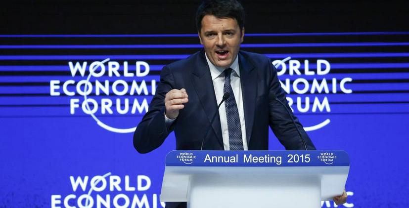 """Forum di Davos, Renzi suona la carica contro i dissidenti Pd: """"Le polemiche sono normali, ma non si molla di un centimetro"""""""